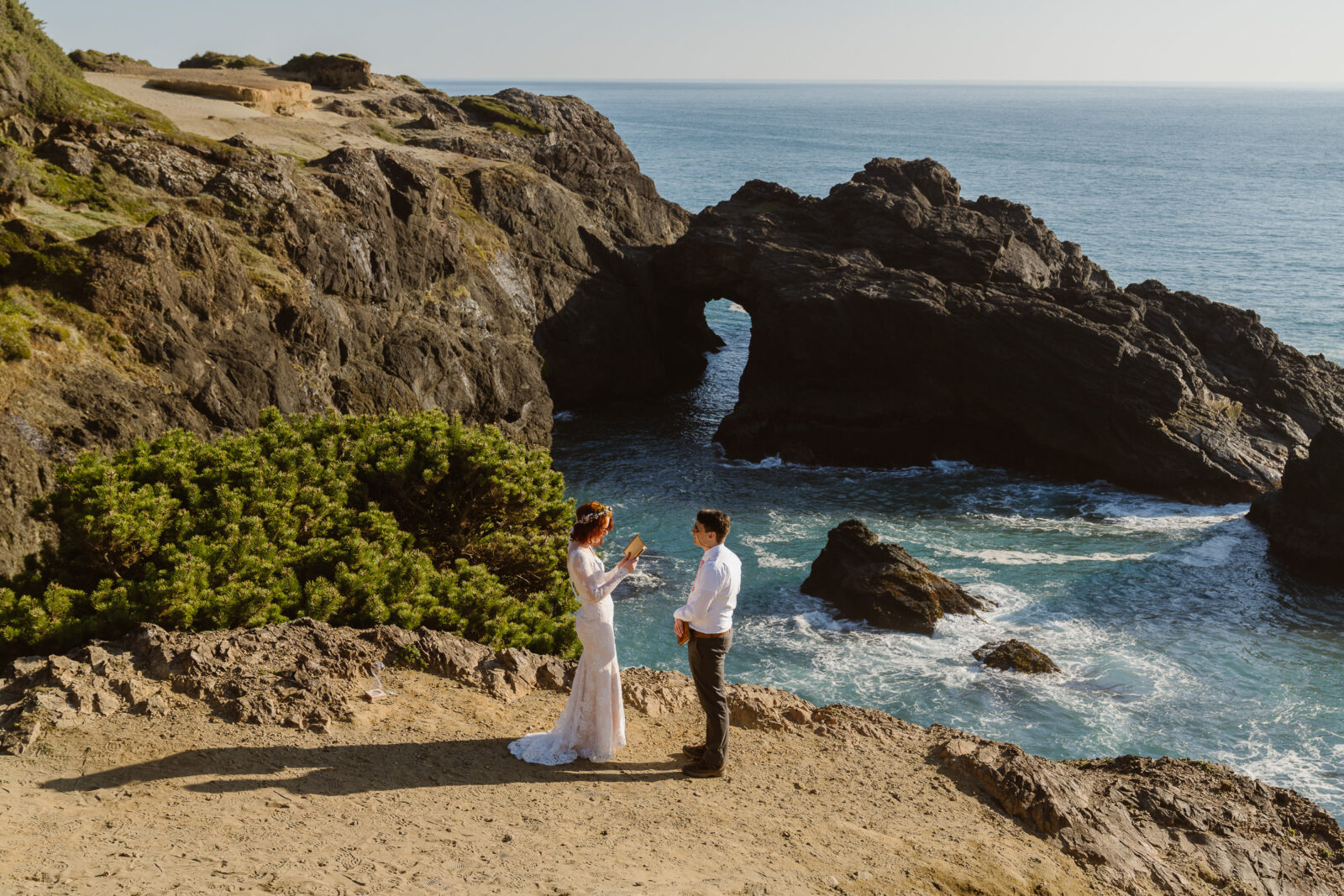 Oregon Coast Spring Elopement by Outshined Photography